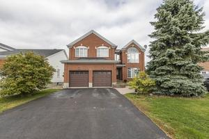 Fallingbrook House for sale:  4 bedroom  (Listed 2019-10-07)
